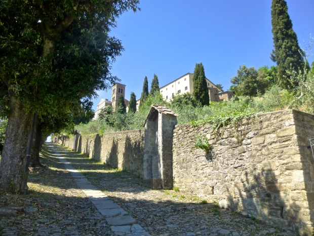 Hiking Up to Chiesa Santa Margherita in Cortona