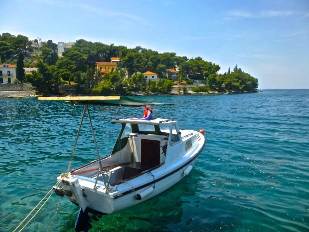 Fishing Boat near Sutivan